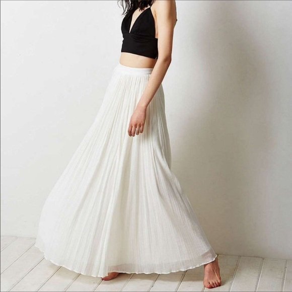 Pins & Needles Dresses & Skirts - PINS AND NEEDLES White Maxi Soft Flowy Skirt